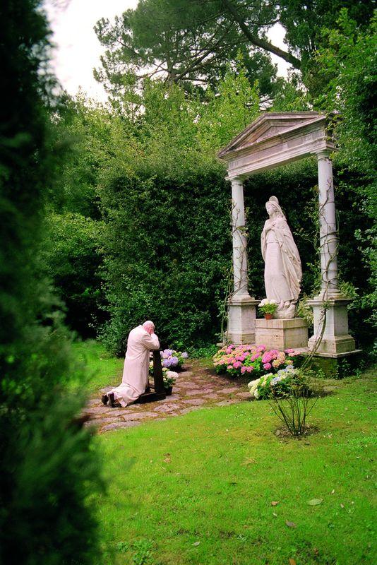 Wstawiennictwo  Matki łaski Bożej